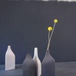 Bouteilles en céramique effet carton ondulé